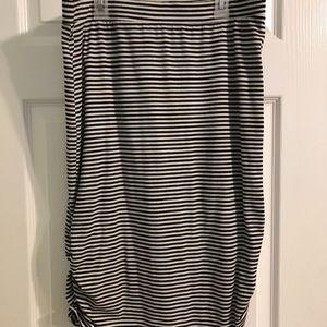 Stripped midi skirt
